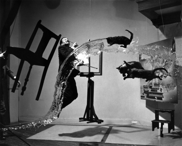 Dali with cats. Photographer Philippe Halsman. (No photoshop)