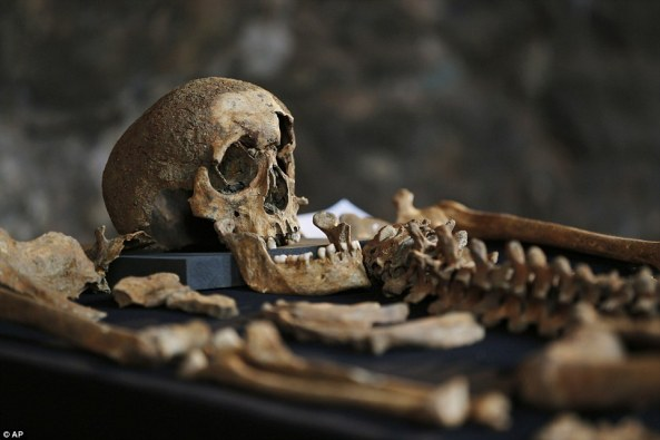 New theory: Analysis of skeletons discovered in London believed to be victims of the Black Death suggests the disease was not spread by rat fleas, but was in fact airborne  http://www.dailymail.co.uk/news/article-2592566/How-Black-Death-Londoners-just-cosmopolitan-Analysis-