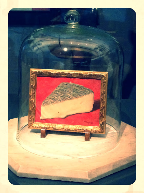 René Magritte. This is a piece of cheese. 1936.