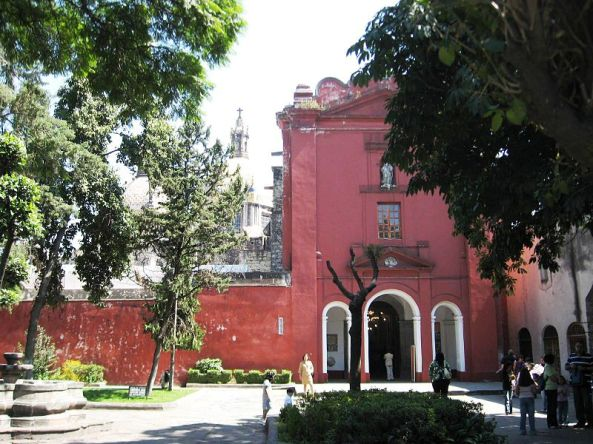 Ex-convent of El Carmen, located in the southwest of the Federal District of Mexico