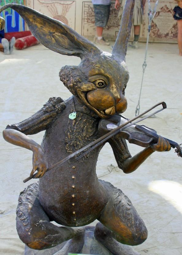 fiddling-hare