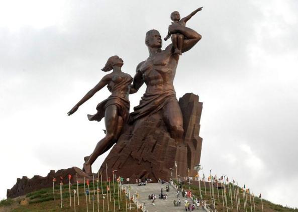 le_monument_de_la_renaissance_africaine.jpg.CROP
