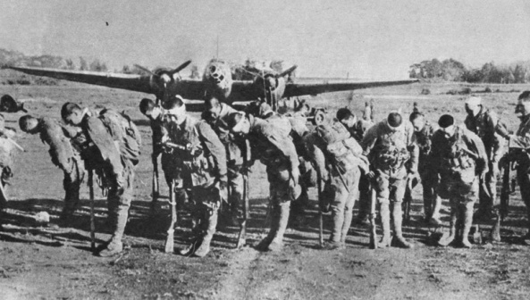 Kamikaze pilots bow to the Emperor before the battle