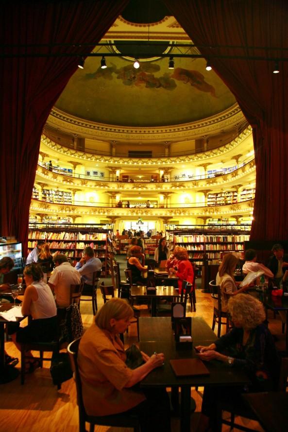 Librería El Ateneo8