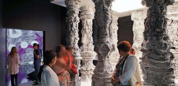 astana-columns-2